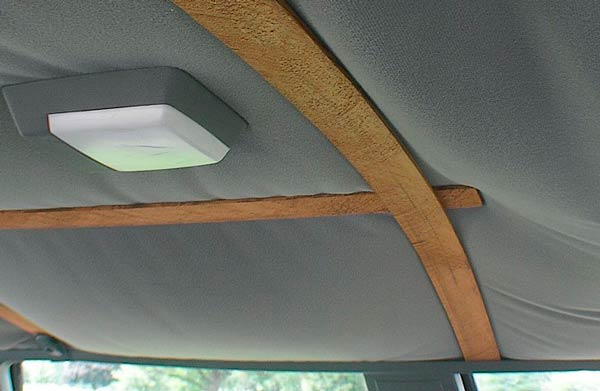 tapizar-techo-de-un-carro